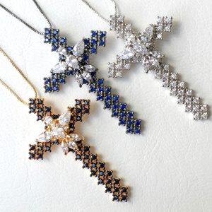 Colar Crucifixo | Lanarée Acessórios