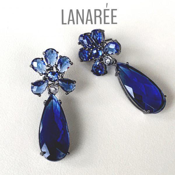 Brinco Senigallia em Cristal Azul Bic | Lanarée Acessórios