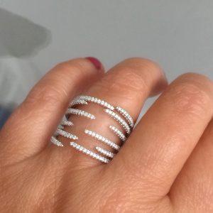 Anel de Prata Cravejado 12 Garras | Lanarée Acessórios