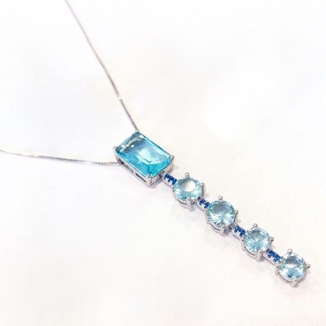 Colar Gravata Retângulo Topázio Azul | Lanarée Acessórios