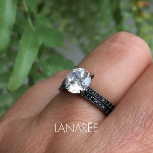 Anel Aparador Com Solitário Pedra Grande Ródio Negro | Lanarée Acessórios
