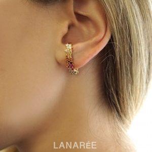 Brinco Ear Hook Colours Cravejado | Lanarée Acessórios