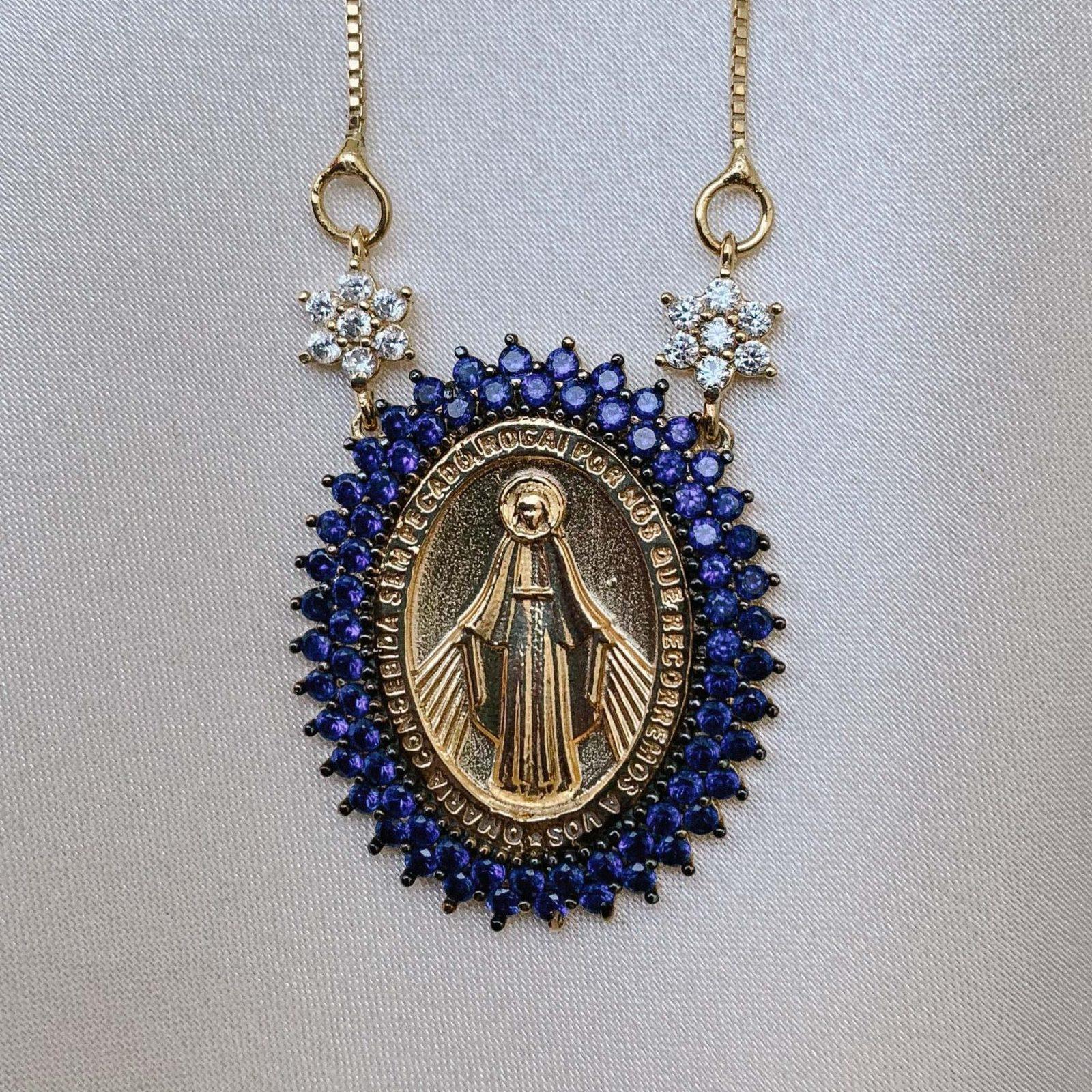 Colar Nossa Senhora das Graças Safira | Lanarée Acessórios