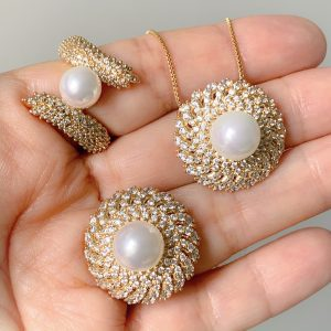 Anéis e Colar Semijoia Pérola Cravejado Ouro | Lanarée Acessórios