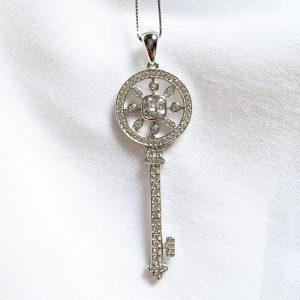 Colar Chave Circular Prata 925 | Lanarée Acessórios