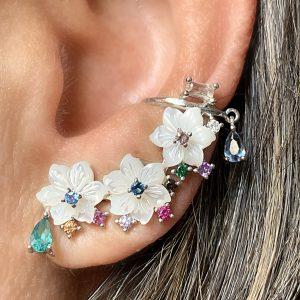 Brinco Ear Cuff Flor Madrepérola Prata | Lanarée Acessórios