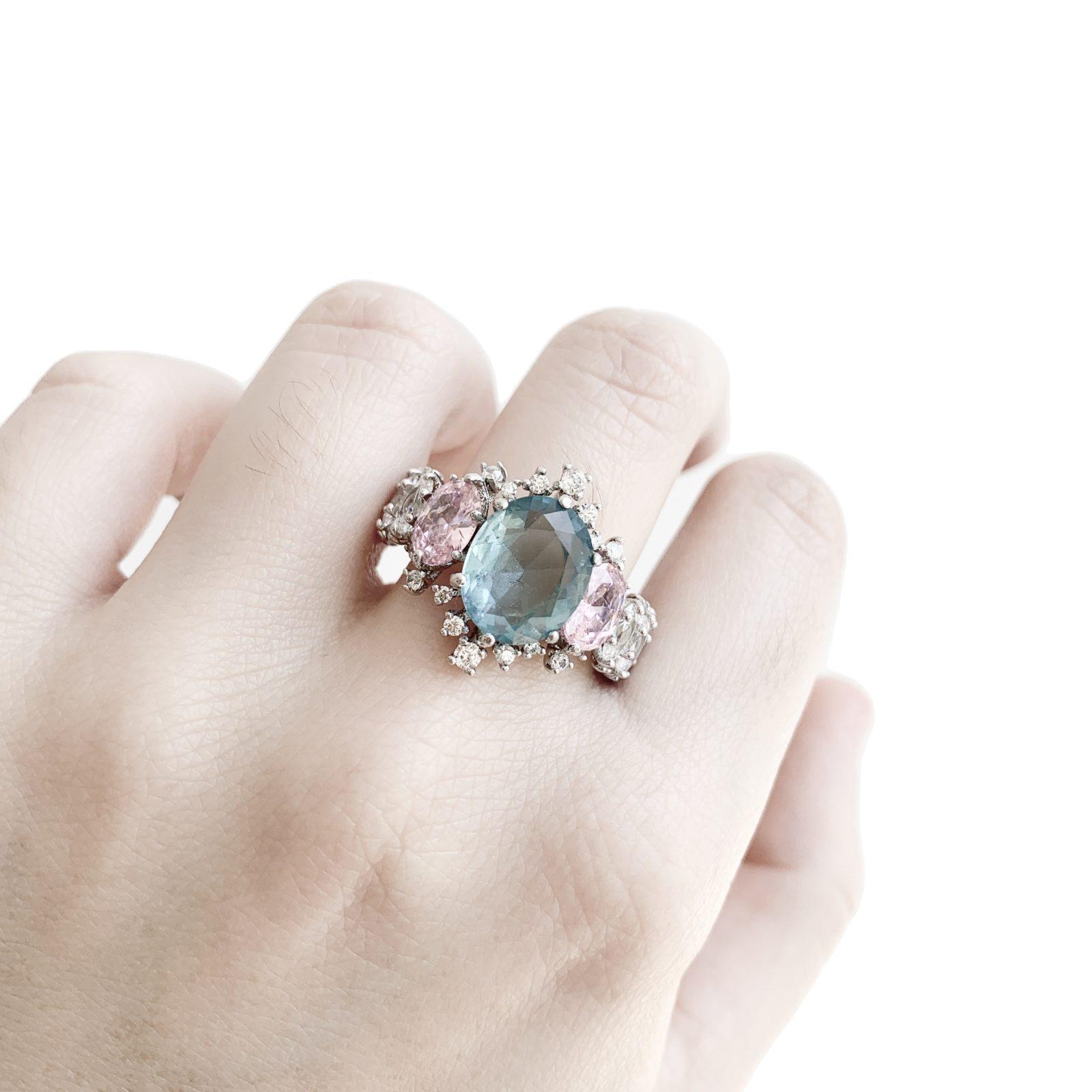 Anel Oval Cristal Topázio Azul e Rosa | Lanarée Acessórios