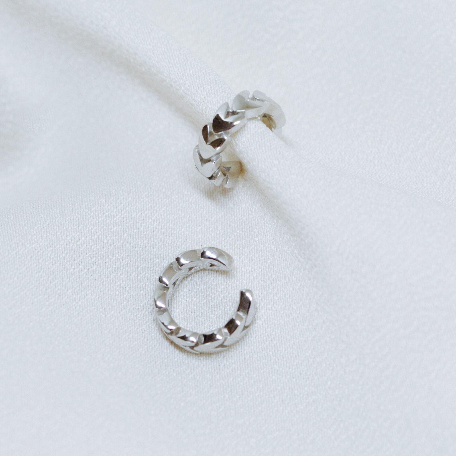 Brinco Piercing Liso de Prata 925 | Lanarée Acessórios