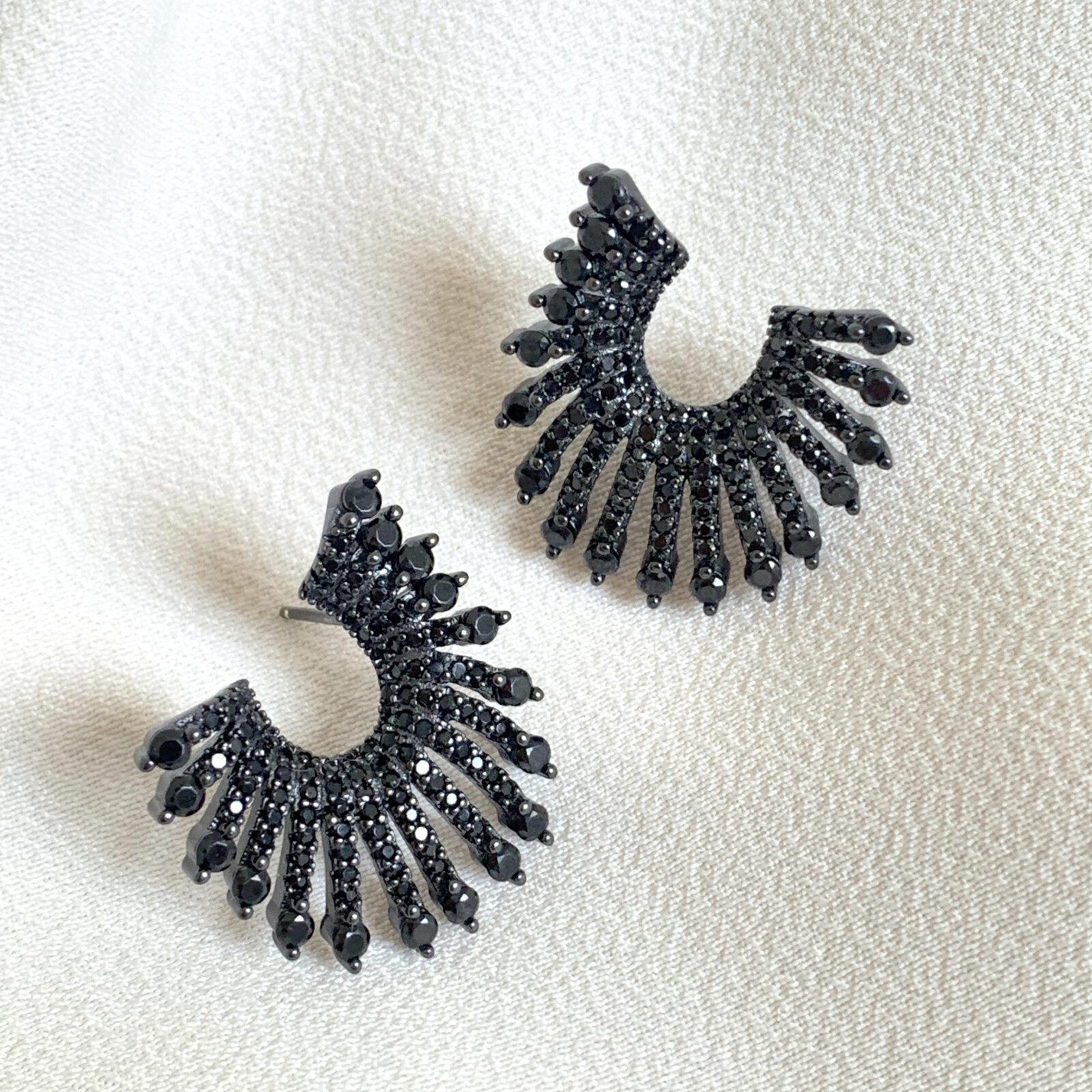 Brinco Black Luxo de Prata 925 | Lanarée Acessórios